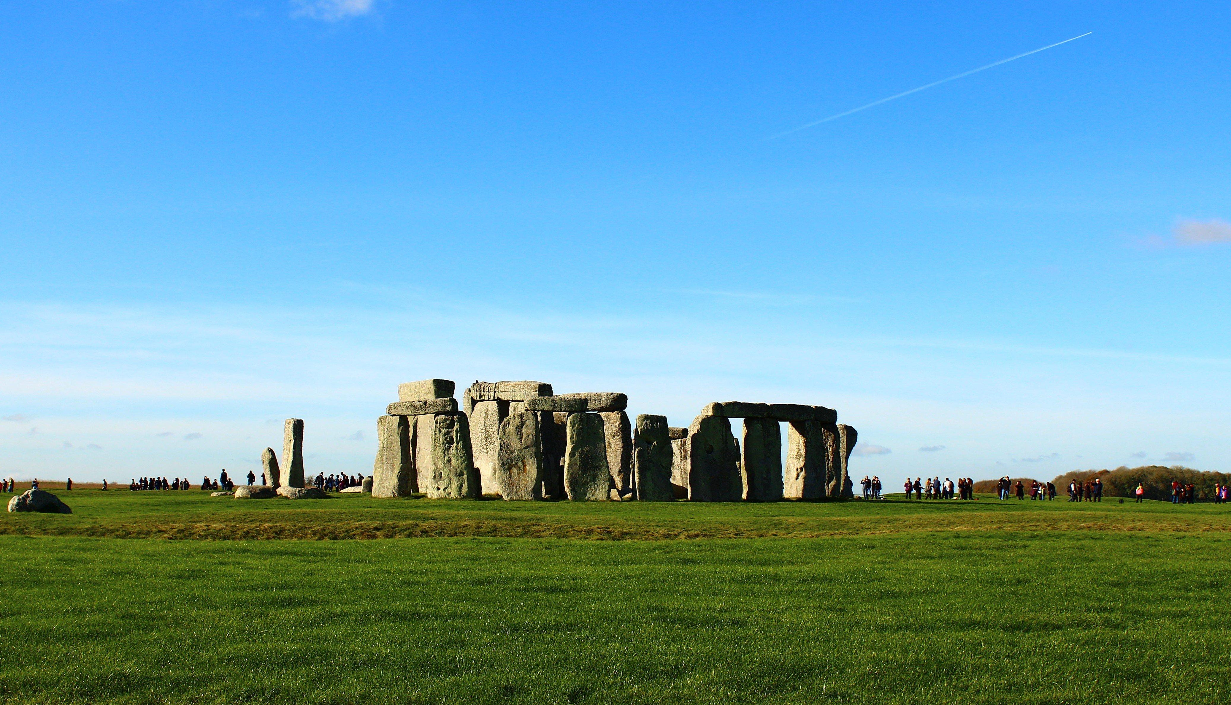 Stonhenge, tourist, Salisbury, pagan, winter solstice