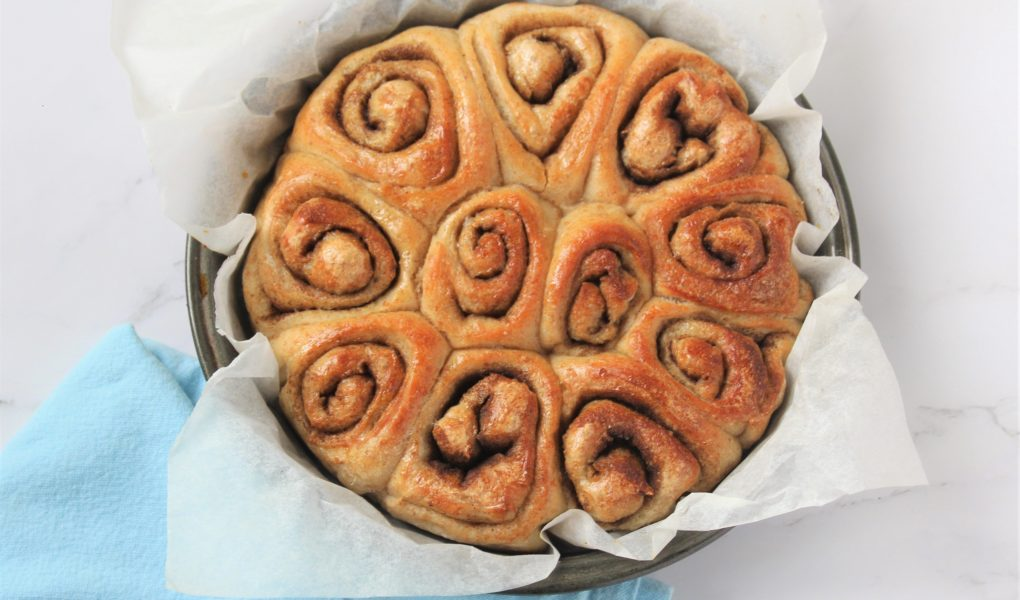 Pretty Cinnamon rolls from bread dough.