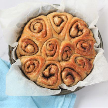 Pretty Cinnamon rolls from bread dough.