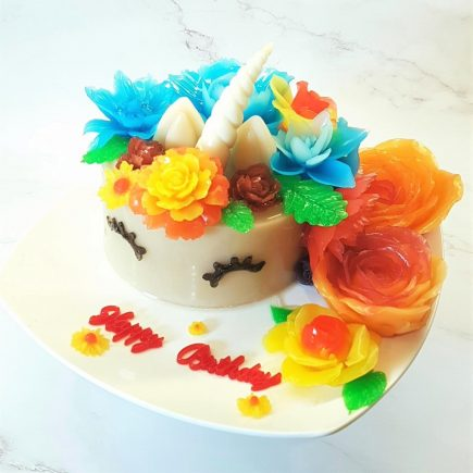 The Unicorn Cake in its glory.