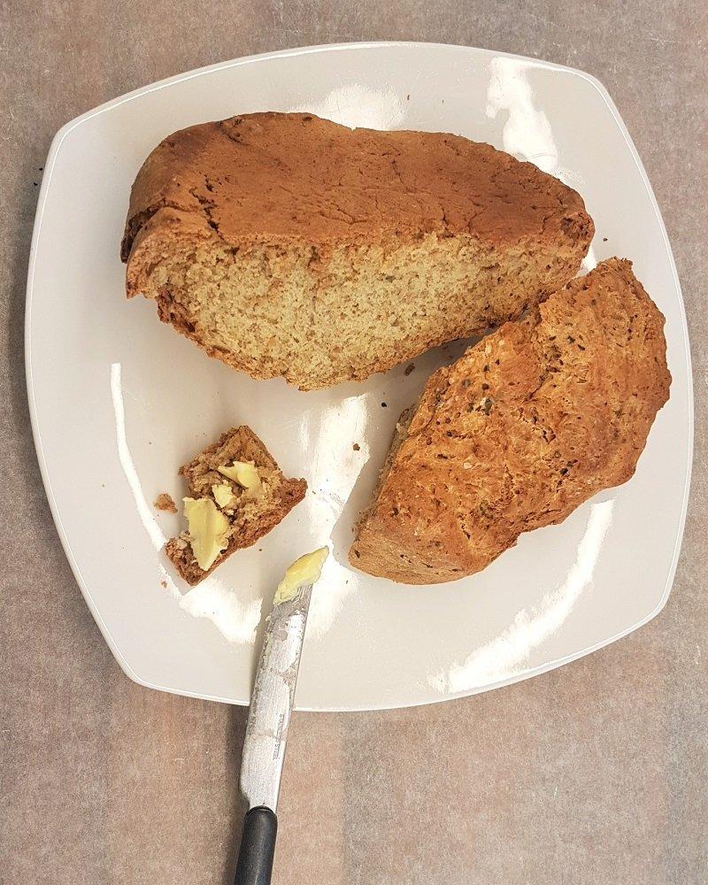 Freshly baked bread with (vegan) butter.