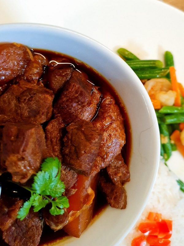 Hong Bak, Braised Pork with Aromatic Spices