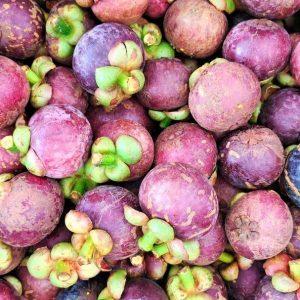 A pile of mangosteen